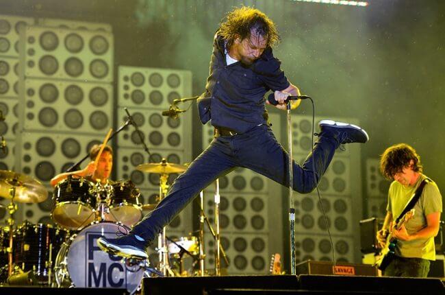 Pearl Jam aklımızı başımıza getiriyor: Lightning Bolt!