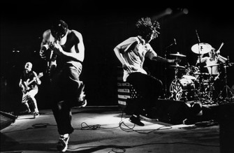 Rage Against the Machine – Democratic National Convention 2000